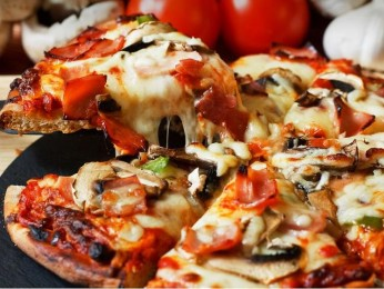 High Profit Part Time, Popular Pizzeria Cafe - Business For Sale Ref #9265