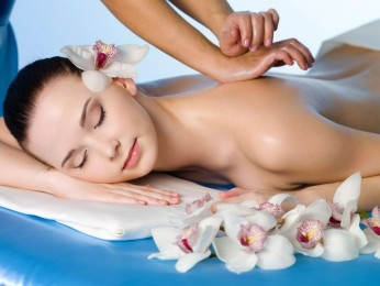 FIRST CLASS BEAUTY SALON AND SPA – GOLD COAST #5175BH