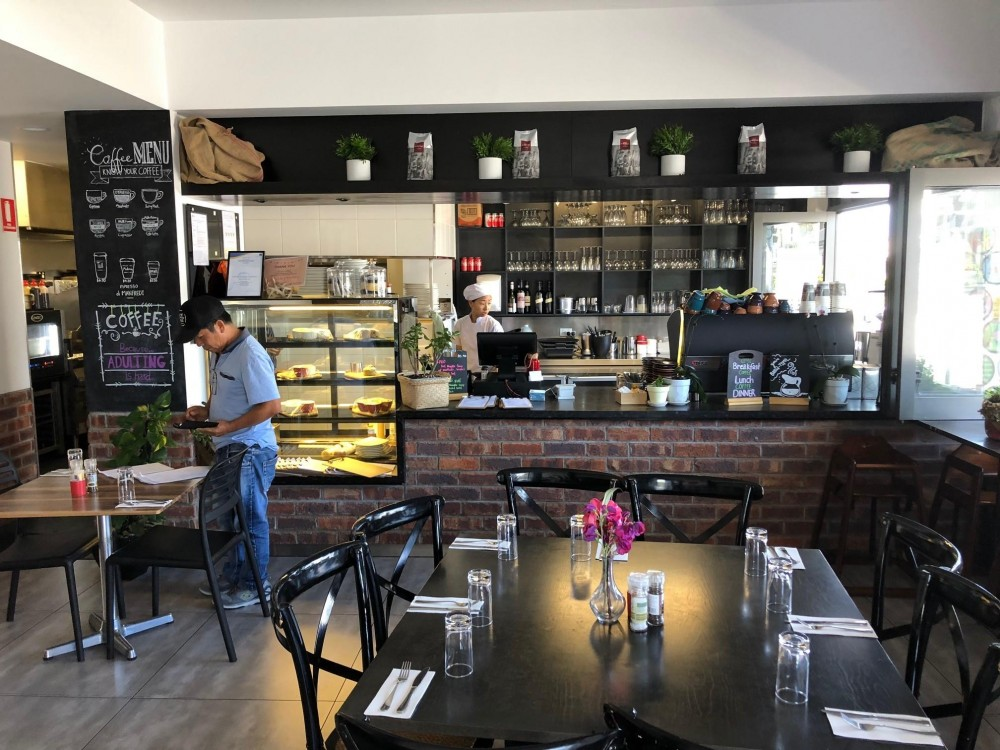Restaurant/Cafe – Brisbane South Business For Sale Ref #3676