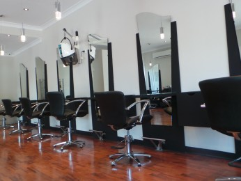 Spectacular Hair and Beauty Salon for you to Make Your Mark - City Fringe Ref 8646